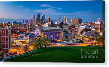 Kansas City Evening Panorama Canvas Print by Inge Johnsson