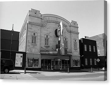 Canvas Print featuring the photograph Kansas City - Gem Theater Bw by Frank Romeo