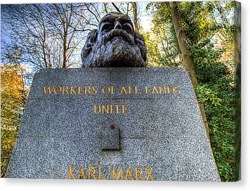 Karl Marx Memorial Statue Highgate Cemetery  Canvas Print by David Pyatt