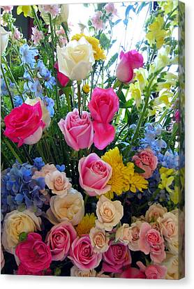 Kate's Flowers Canvas Print by Carla Parris