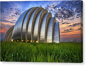 Kauffman Lawn Canvas Print by Thomas Zimmerman