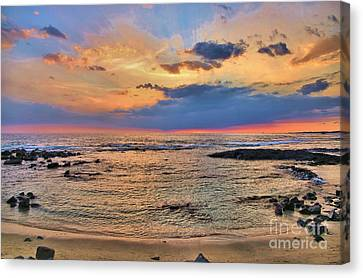 Canvas Print featuring the photograph Keahuolu Point by DJ Florek