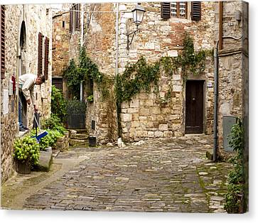 Keeping Montefioralle Clean Canvas Print