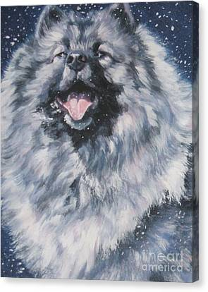 Keeshond In Snow Canvas Print by Lee Ann Shepard