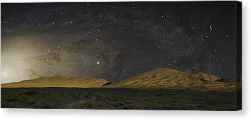 Kelso Dunes One Canvas Print by Kevin Blackburn
