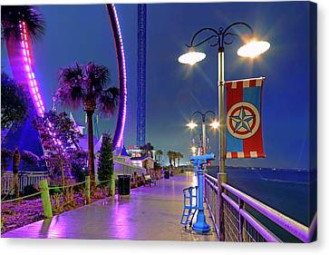 Canvas Print featuring the photograph Kemah Boardwalk - Amusement Park - Texas by Jason Politte