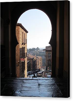 Key Hole View Of Tuscany Canvas Print by Diane Berard