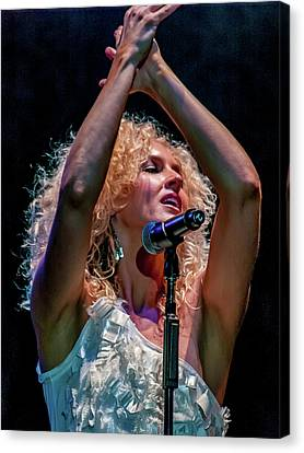 Canvas Print - Kimberly Schlapman by Bill Gallagher