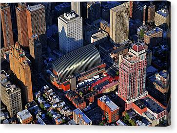 Kimmel Center For The Performing Arts 260 South Broad Street Suite 901 Philadelphia Pa 19102 Canvas Print by Duncan Pearson