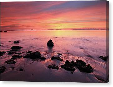 Canvas Print featuring the photograph Kintyre Rocky Sunset by Grant Glendinning