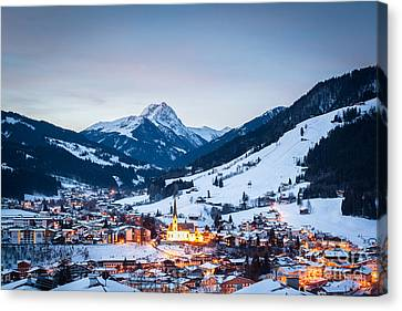 Kirchberg Austria In The Evening Canvas Print by John Wadleigh