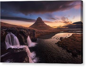 Kirkjufell Sunrise Canvas Print by Tor-Ivar Naess