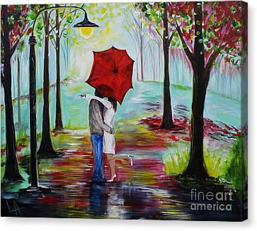 Kiss Me In The Rain Canvas Print by Leslie Allen