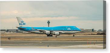 Klm Canvas Print - Klm Boeing 747-400 by Ian D'Costa