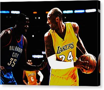 Kobe Bryant And Kevin Durant Canvas Print by Brian Reaves