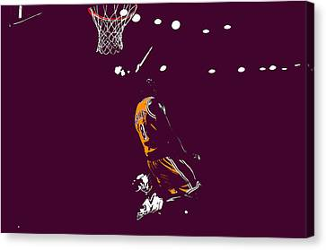 Kobe Bryant In Flight 08b Canvas Print by Brian Reaves