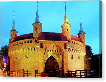 Canvas Print featuring the photograph Krakow Barbican by Fabrizio Troiani