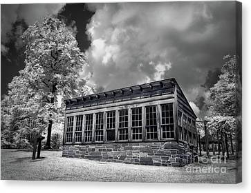 Kron Greenhouse Morrow Mountain North Carolina Bw Canvas Print by Dan Carmichael