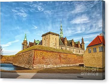 Canvas Print featuring the photograph Kronborgsslott In Helsingor by Antony McAulay