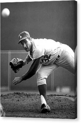Baseball Glove Canvas Print - L.a. Dodgers Pitcher Sandy Koufax, 1965 by Everett