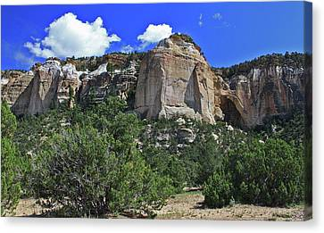 Canvas Print featuring the photograph La Ventana Arch by Gary Kaylor