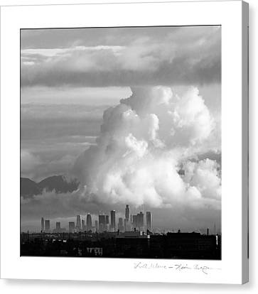L.a. Wave Canvas Print by Kevin Bergen