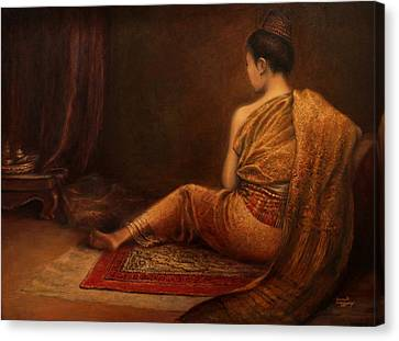 Lady Of The Palace Canvas Print by Sompaseuth Chounlamany