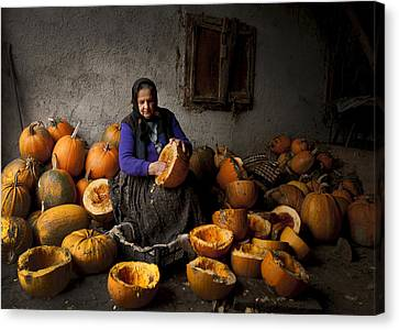 Lady With Pumpkins Canvas Print