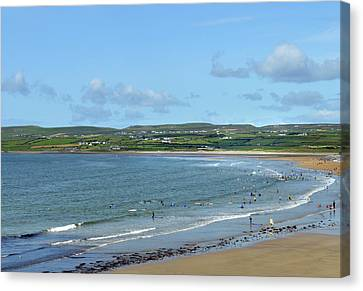 Canvas Print featuring the photograph Lahinch Beach by Terence Davis