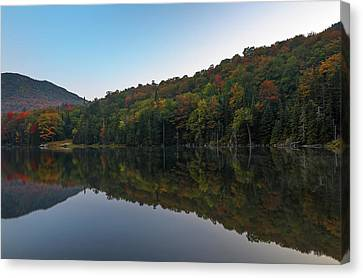 Canvas Print featuring the photograph Lake Gloriette by Juergen Roth