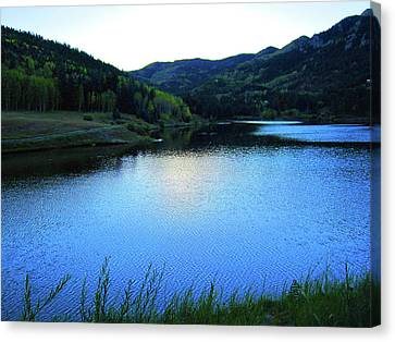 Canvas Print featuring the photograph Lake In Colorado by Tammy Sutherland