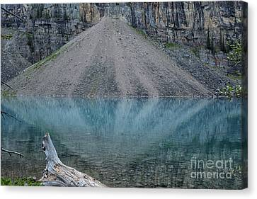 Canvas Print - Lake Maligne by Patricia Hofmeester