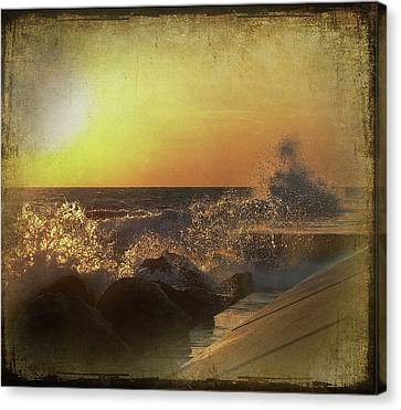 Lake Michigan Sunset Canvas Print by Maria Dryfhout