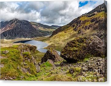 Lake Snowdonia Canvas Print
