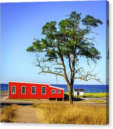 Canvas Print featuring the photograph Lakefront In Glen Arbor by Alexey Stiop