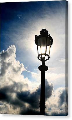 Lamp Post At The Louvre Canvas Print by Greg Sharpe