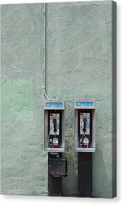 Land Line Canvas Print by Dan Holm