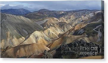 Landmannalaugar Rhyolite Mountains Iceland Canvas Print by Rudi Prott