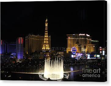 Las Vegas By Night Canvas Print by Wilko Van de Kamp