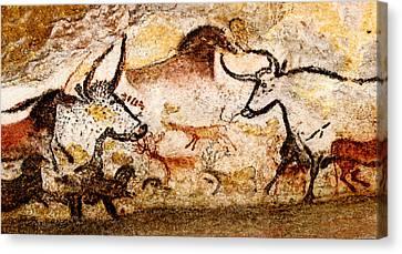 Lascaux Hall Of The Bulls - Deer And Aurochs Canvas Print