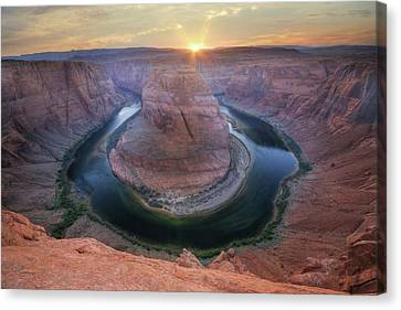 Last Light At Horseshoe Bend Canvas Print by Lori Deiter