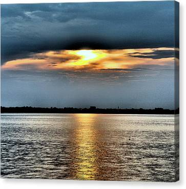 Canvas Print featuring the photograph Last Light by Laura DAddona