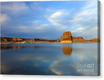 Last Light Over Lake Powell Canvas Print by Mike Dawson