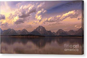 Canvas Print featuring the photograph Last Light by Robert Pearson