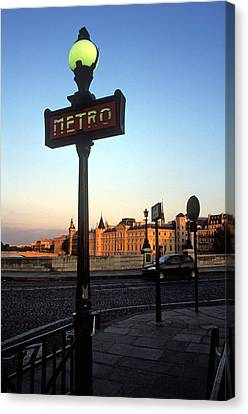 Le Metro At Dusk Canvas Print