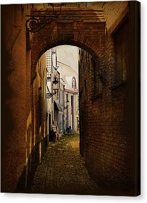 Le Passage Canvas Print