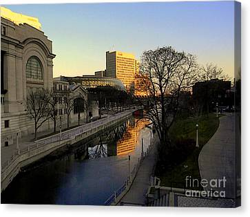 Canvas Print featuring the photograph Le Rideau, by Elfriede Fulda