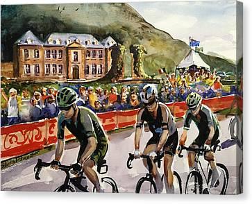 Le Tour - Chateau De Gudanes Canvas Print by Shirley Peters