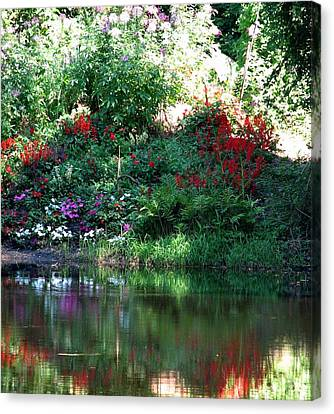 Leamings Run Pond 3 Canvas Print by Kevin  Sherf
