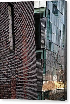 Leaning In At The High Line Canvas Print by Rona Black